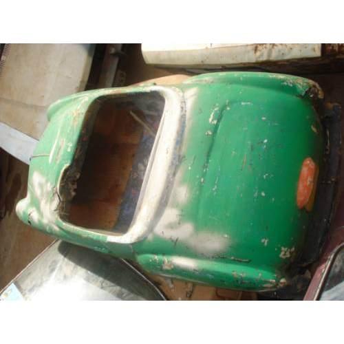 Fonte: http://produto.mercadolivre.com.br/MLB-177475708-mini-karmann-ghia-de-fibra-fabricado-pelo-gurgel-rarissimo-_JM